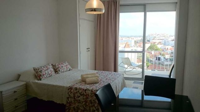 Apartamento T0 com piscina São Martinho do Porto