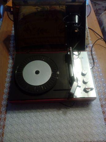 Sprzedam gramofon z pocztówkami dźwiękowymi!