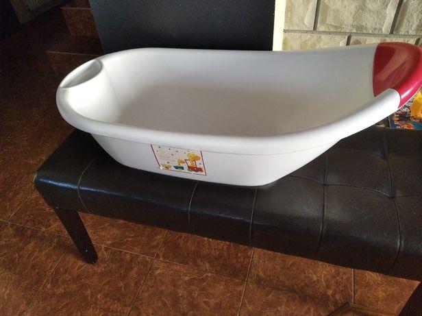 Wanienka dla niemowlaka do kąpieli