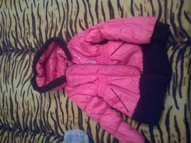 Куртка осенная 104 р