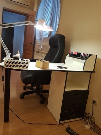 Продам мебель для мастера маникюра