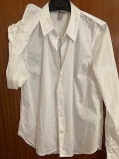 Camisa de Senhora Branca com Detalhe no Punho