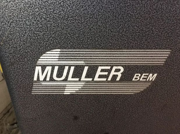 Maquina de calibrar rodas auto, Müller 3608.