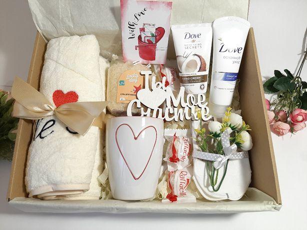 """Подарок-сюрприз в коробочке """"Ты мое счастье"""""""