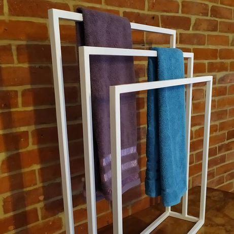 Wieszak na ręczniki industrialny loft