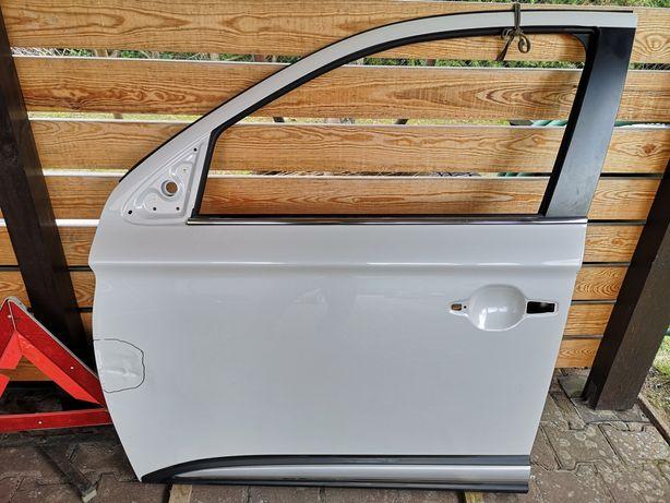 Mitsubishi outlander 2018 drzwi lewe przód kolor W13, biała perla