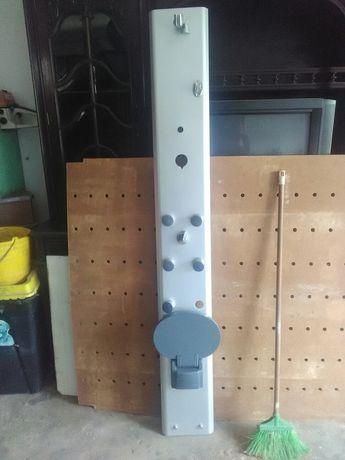 Coluna de chuveiro com banco