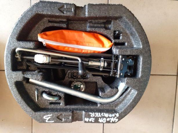 Zestaw naprawczy nr 3 Skoda ROOMSTER 2011r