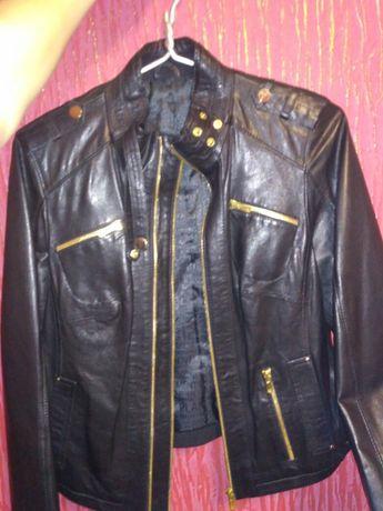 Кожаная куртка демисезонная