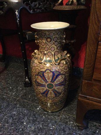 Jarrão em porcelana chinesa 62 cm altura