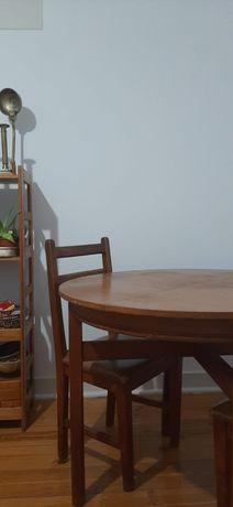 Mesa redonda extensível em nogueira maciça