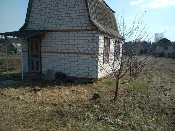 Земельный участок с дачным домиком