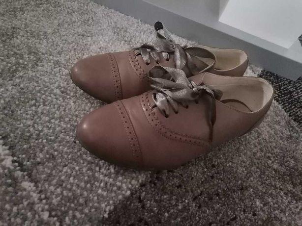 Buty dziewczęce clarks jasny brąz