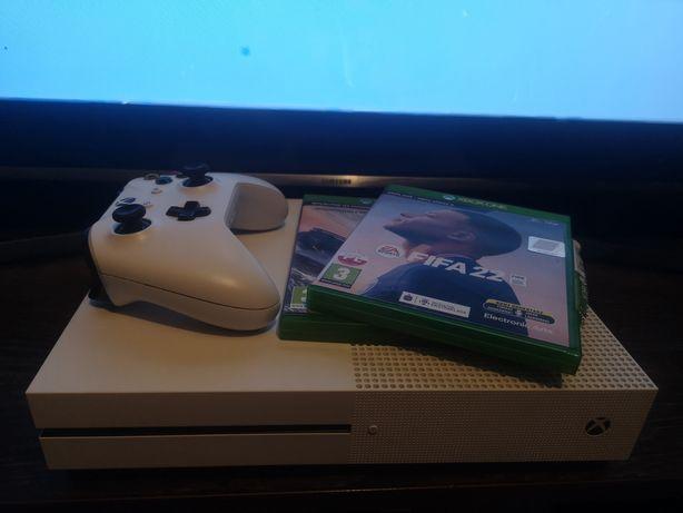 Xbox One S 1 TB Fifa 22