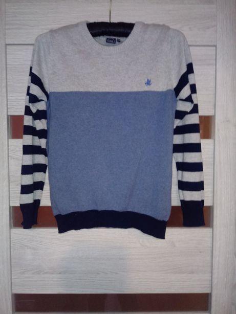 Sweterek chłopięcy 140