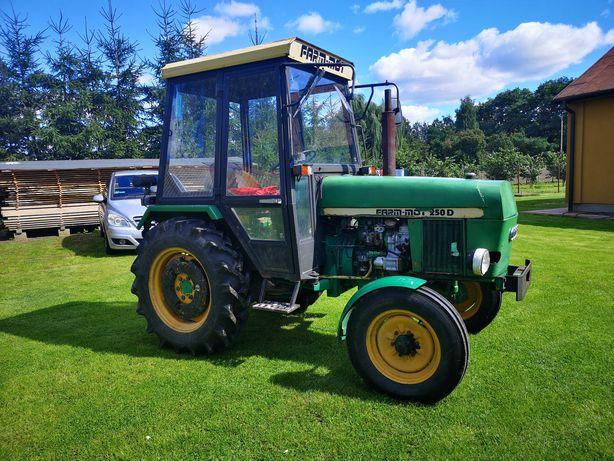 FARM-MOT 250D 1996R