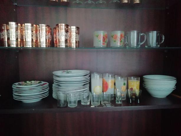 Продам тарелки, стаканы рюмки новые и бу