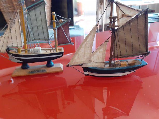 colecionaveis barcos em madeira