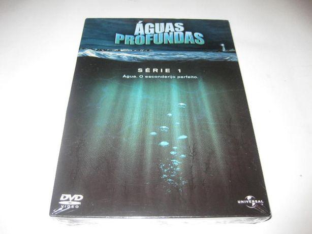 """Primeira temporada da série """"Aguas Profundas"""" Selado"""