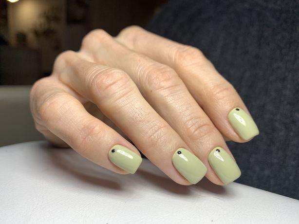 Наращивание ногтей , покрытие гель лаком