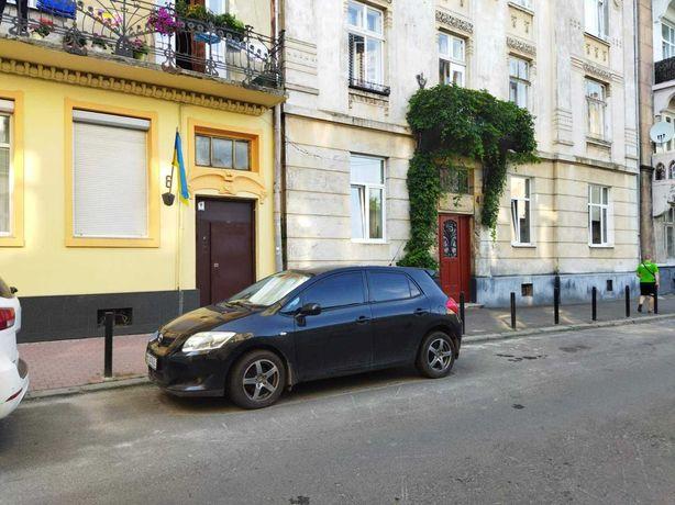 Продається приміщення (підвал) вул.Брюллова