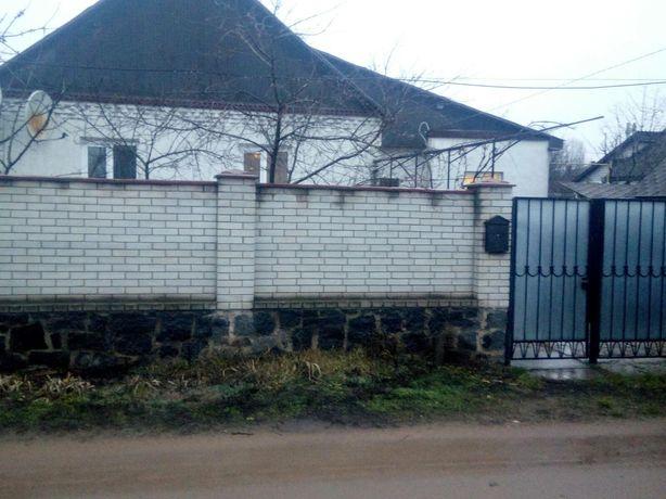 Будинок в центрі зі зручностями