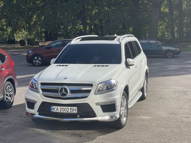 Продаю автомобиль Мерседес GL-450 3.0 бензин битурбо