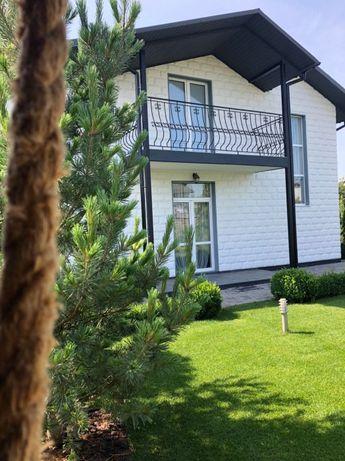 Продаж будинку на вул.Серпанковій