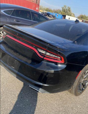 Задний бампрер Dodge Charger 2015