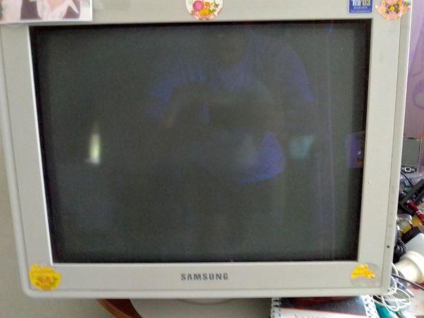 Винтажный настольный компьютер