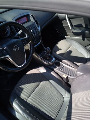 Opel Astra j cosmo 2011