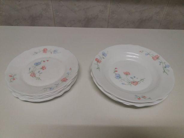 Conjunto em porcelana Arcopal - França