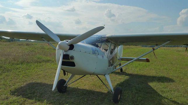Легкомоторний літак АИ10.