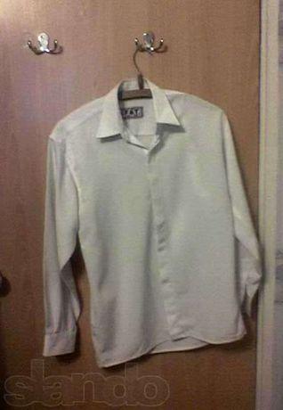 Рубашка на мальчика 13-15 лет, можно как школьная