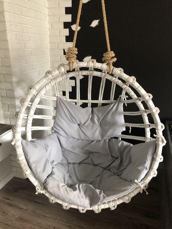 fotel wiszący huśtawka kosz wiklinowy
