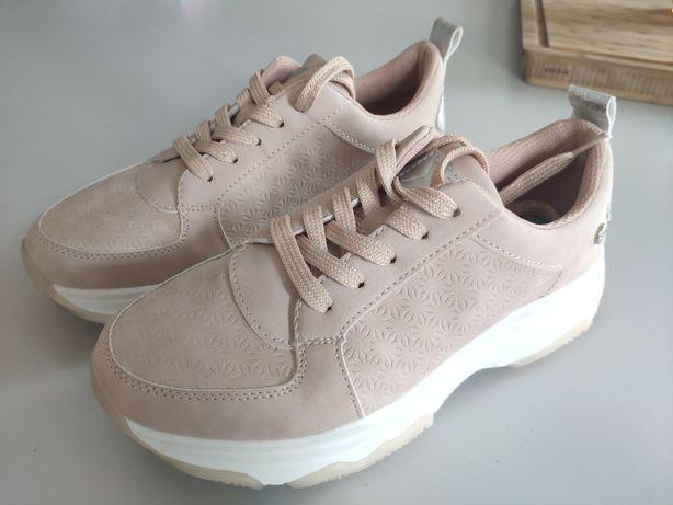 Sneakersy Xti 37