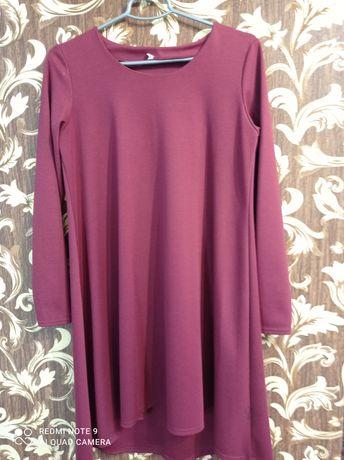 Бордовое платье асимметрия