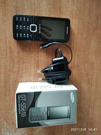 Телефон Самсунг s5610