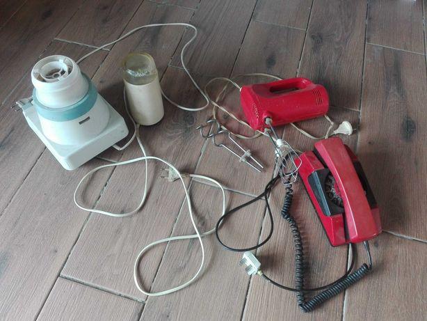 Gadzety PRL mlynki telefon