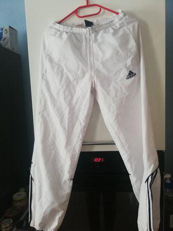 Spodnie dresowe firmy Adidas na 152cm
