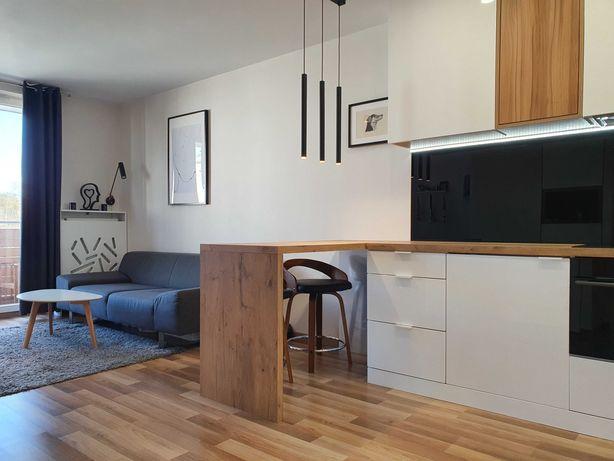 Luksusowy apartament z pełnym wyposażeniem.