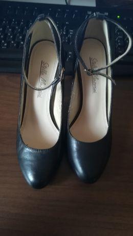 Кожанные туфли Stella Mazarini.