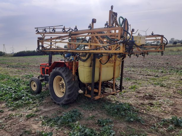 Opryskiwacz Dubex 21M 950L  Hydrauliczne rozkładany