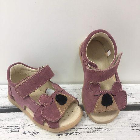 Sandałki misie Mido Shoes .