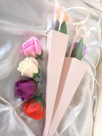 Róża mydlana w rożku prezent  ozdoba imieniny urodziny dzień matki