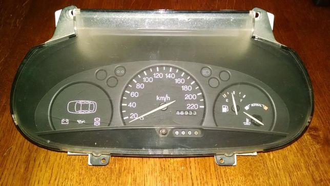 Щиток приборов (спидометр) Ford Escort