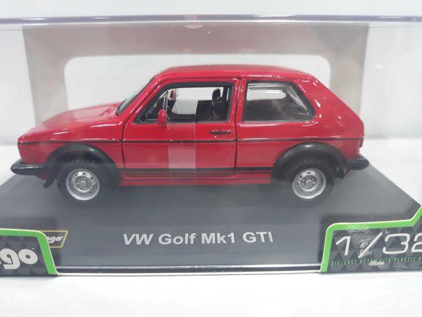 Miniatura Colecção Volkswagen Golf Mk1 GTI 1/32 Bburago