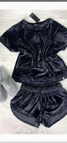 Пижама велюр-бархат, очень нежная и приятная к телу.хорошего качества!