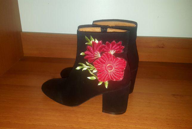 Продам замшевые ботинки Catherine Malanbrino демисезонные 37р. Италия