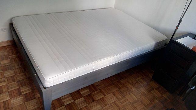 Estrutura Cama de Casal & Colchão IKEA